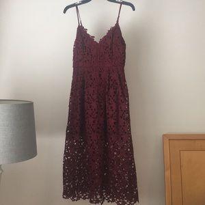 NWOT Lace Midi Dress (ASTR the Label)